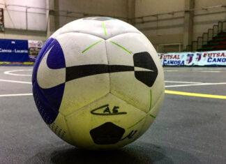 pallone palazzetto canosa